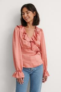 NA-KD Party NA-KD Party Frynset Satengbluse Med Omslag - Pink 1017-001007-0073